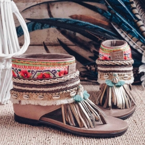 🛍✨SALES// REBAJAS!!!!! Check online our super discounts in our #classic BOHO SANDALS #emonkibiza ✨💎 up to -40%🥳 . www.emonkibiza.com . . #ibiza #boho #bohemian #style #love #namaste #fringes #sandals #freepeople #lifestyle #lasdalias #hippy #hippiestyle
