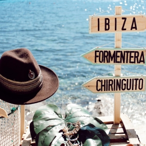 We love our Island and it's vibes! And of course our Ibicenco Hats #oneofakind #ibiza  . . #ibizastyle #boho #bohemian #hippie #lasdalias