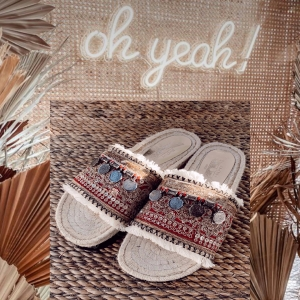 🔥NEW IN 🔥🌸NAMASTE slides are back with extra embellishments 🤩 and #recycled materials ♻️#conciousfashion #ibiza #upcycled  NOW ONLINE!!!!📲 . #bohemian #love #amor #boho #style #slides #summer #verano