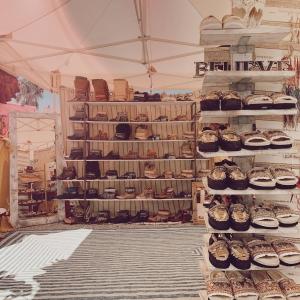 🤍🌻☮️Happiness is you 😍🌸 ✨@lasdaliasibiza ✨ . Visit us every Saturday and Sunday at Las Dalias hippy market #somosdecolores #ibiza #hippie #emonkibiza #shoes #handmade #hats